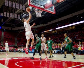 Freshman Reese Mona contributed 4 points to the Terps 87-62 win against Ohio.